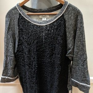 Lucky Brand gray and black 3/4 sleeve sweater